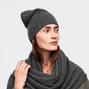 NWT Zara 100% Cashmere Beanie - Dark Gray